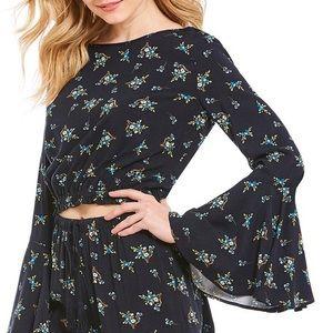 NWT Chelsea & Violet Floral Bell Sleeve Crop Top